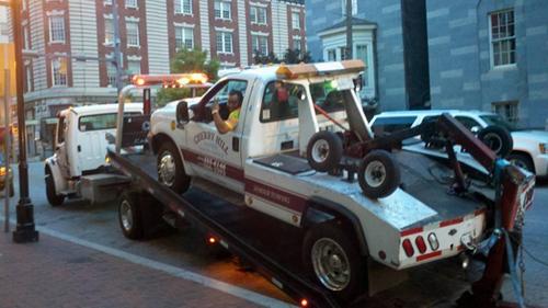 #6 Remolcamos todo tipo de vehículos: Camiones de remolque remolcados